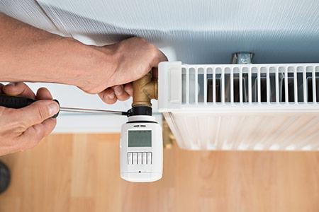 Evite desperdícios, a reparação ou riscos desnecessários, efetue manutenção programada à sua caldeira em Almada (anual)