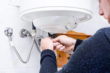 Instalação, manutenção periódica e reparação de caldeiras Almada